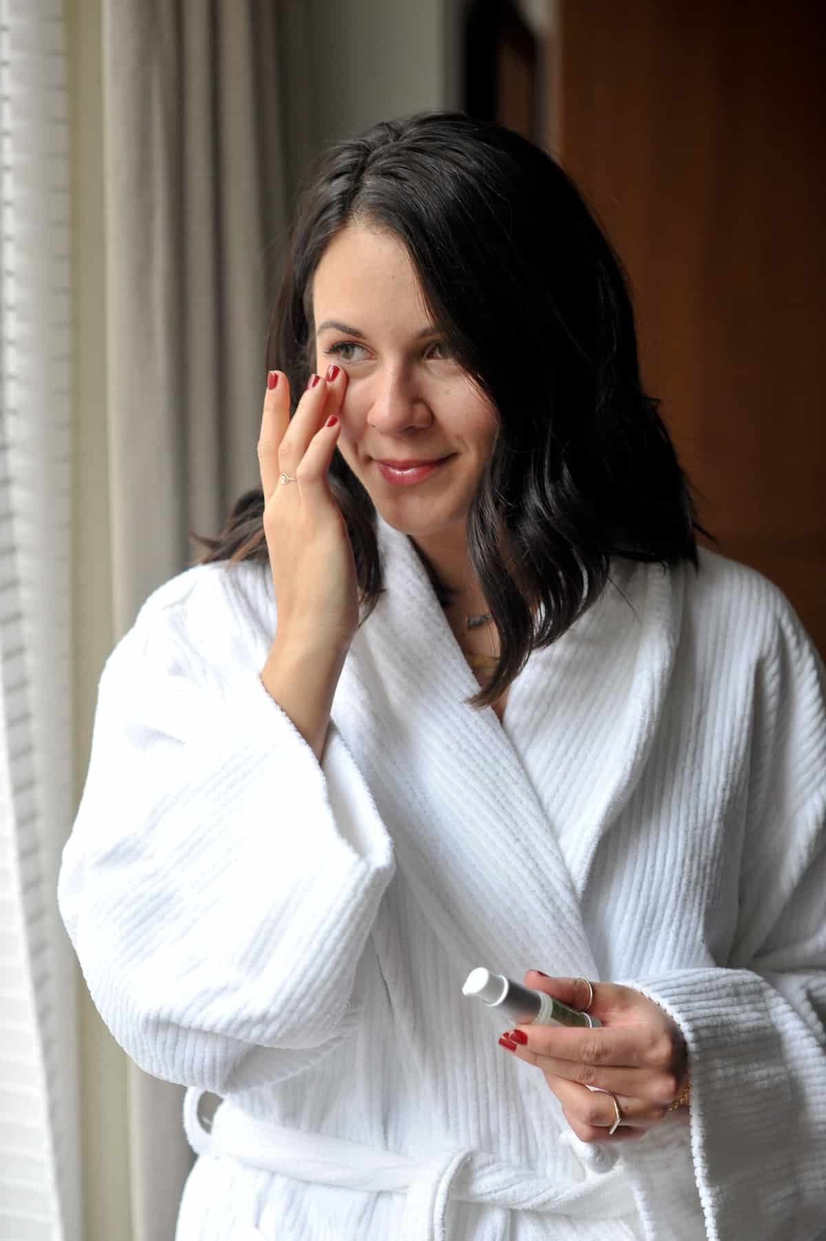 CosMedix, how to take care of your skin while traveling - My Style Vita @mystylevita