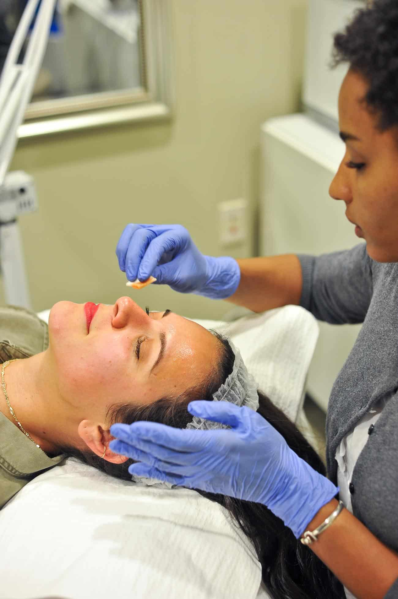 Aesthetician tips, where to find a good aesthetician, facial tips - My Style Vita @mystylevita