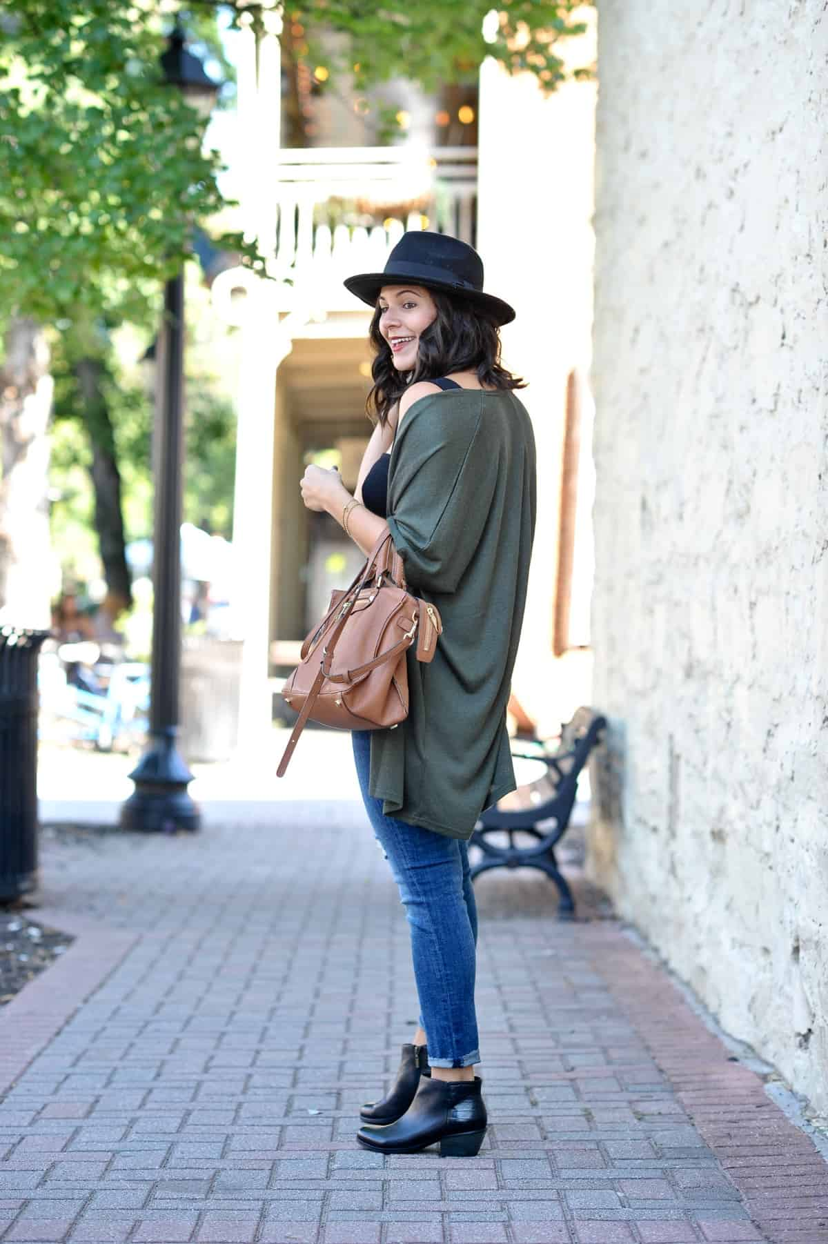 fall outfit ideas, oversized cardigan outfit - Style Vita @mystylevita