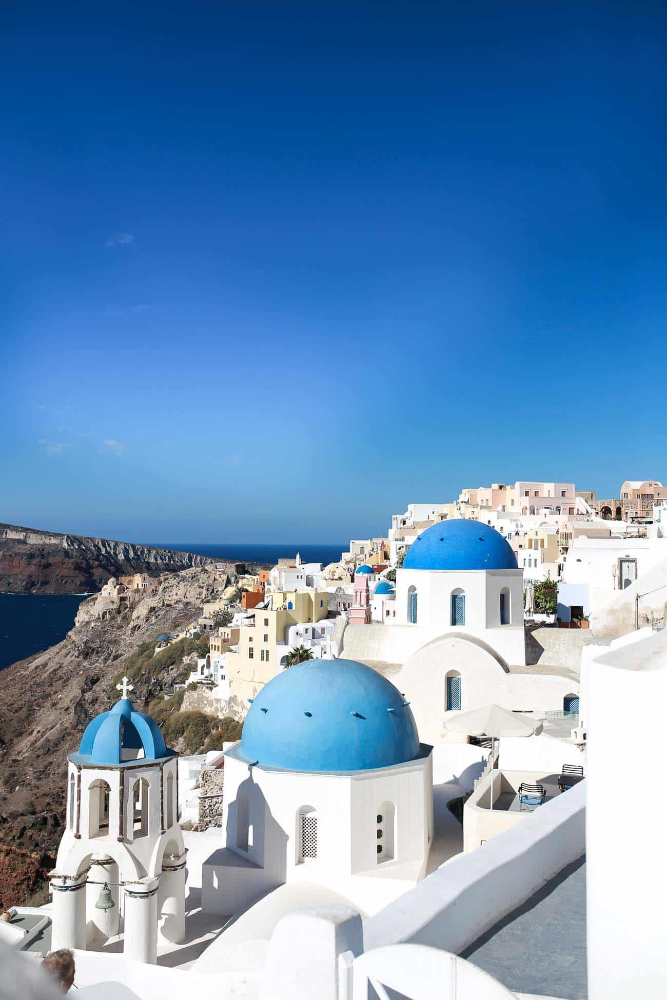 what to do in Santorini, greece travel guide, bougainvillea