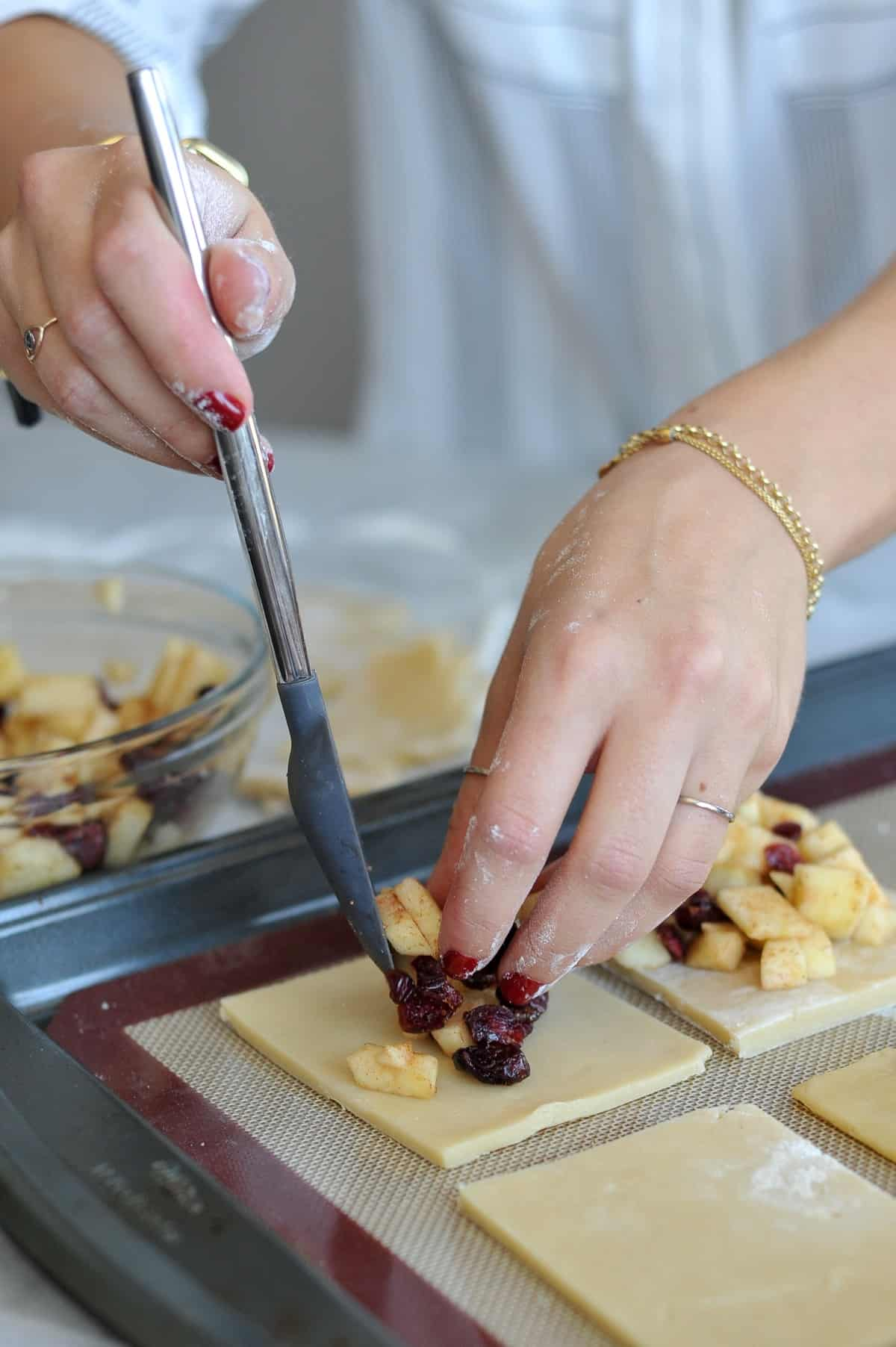 Apple hand pie recipe, cranberry apple hand pies, homemade pop-tarts - My Style Vita @mystylevita