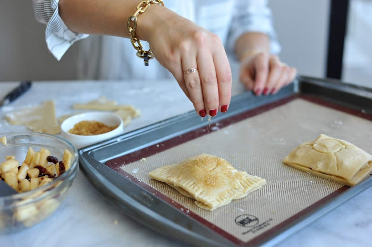 apple-cranberry-handpies-how-to-make-home-made-pop-tarts-fall-dessert-ideas-my-style-vita-mystylevita-27