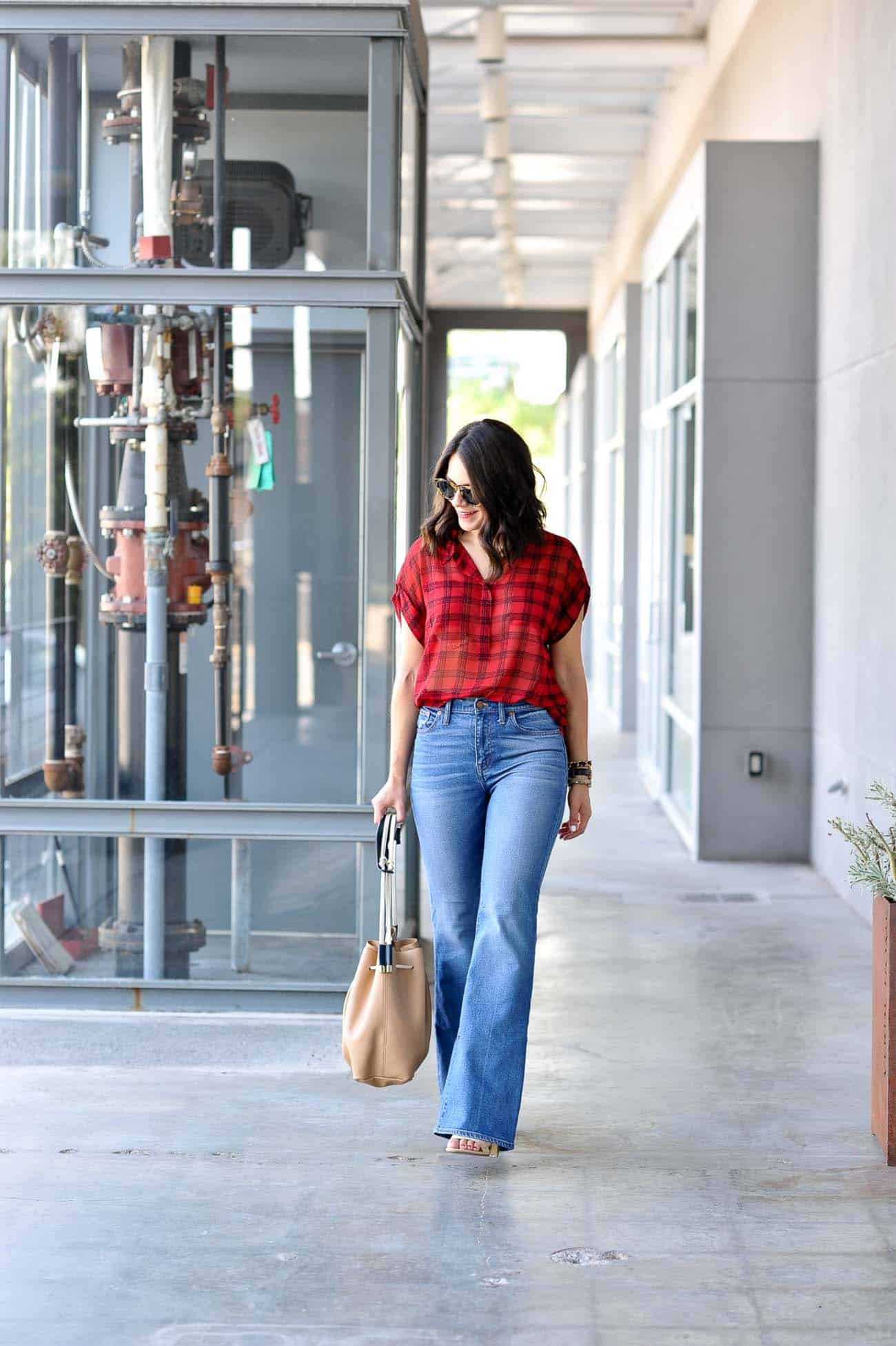 fall outfits, how to style wide leg jeans, casual fall outfit ideas - My Style Vita @mystylevita