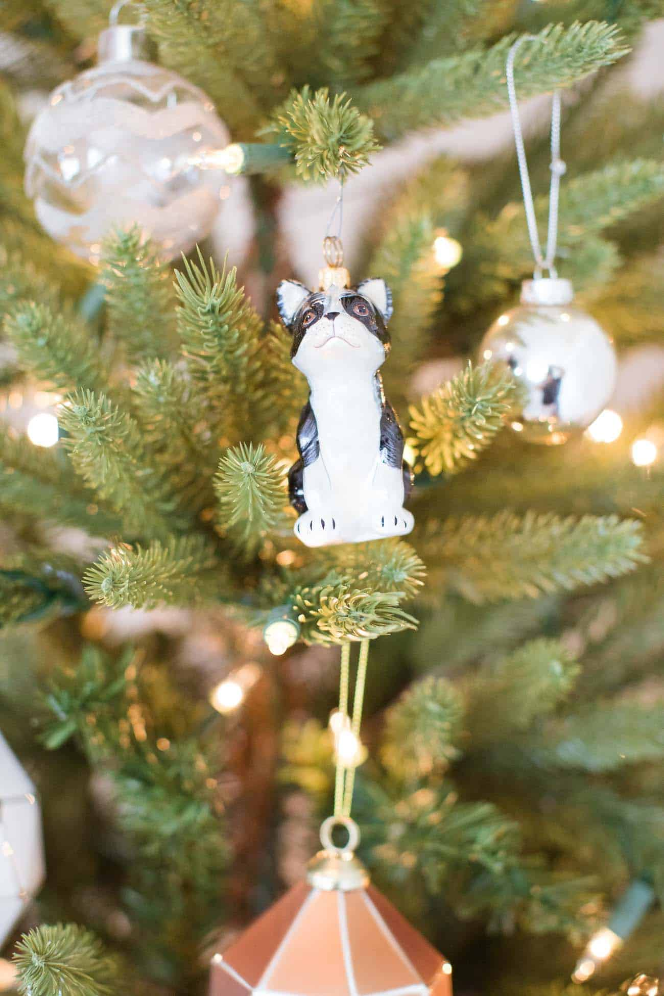 holiday decorating ideas, christmas decorating ideas, christmas tree, white and gold christmas tree, boston terrier ornament - My Style Vita @mystylevita