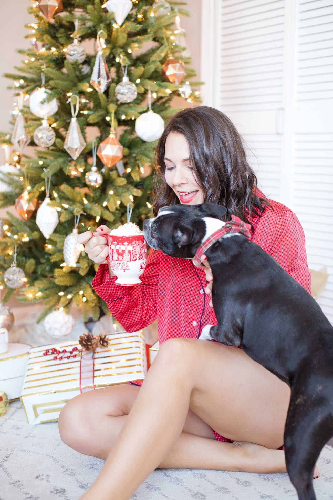 spiked hot chocolate recipe, christmas ideas, holiday cocktails, christmas pajamas outfit - My Style Vita @mystylevita
