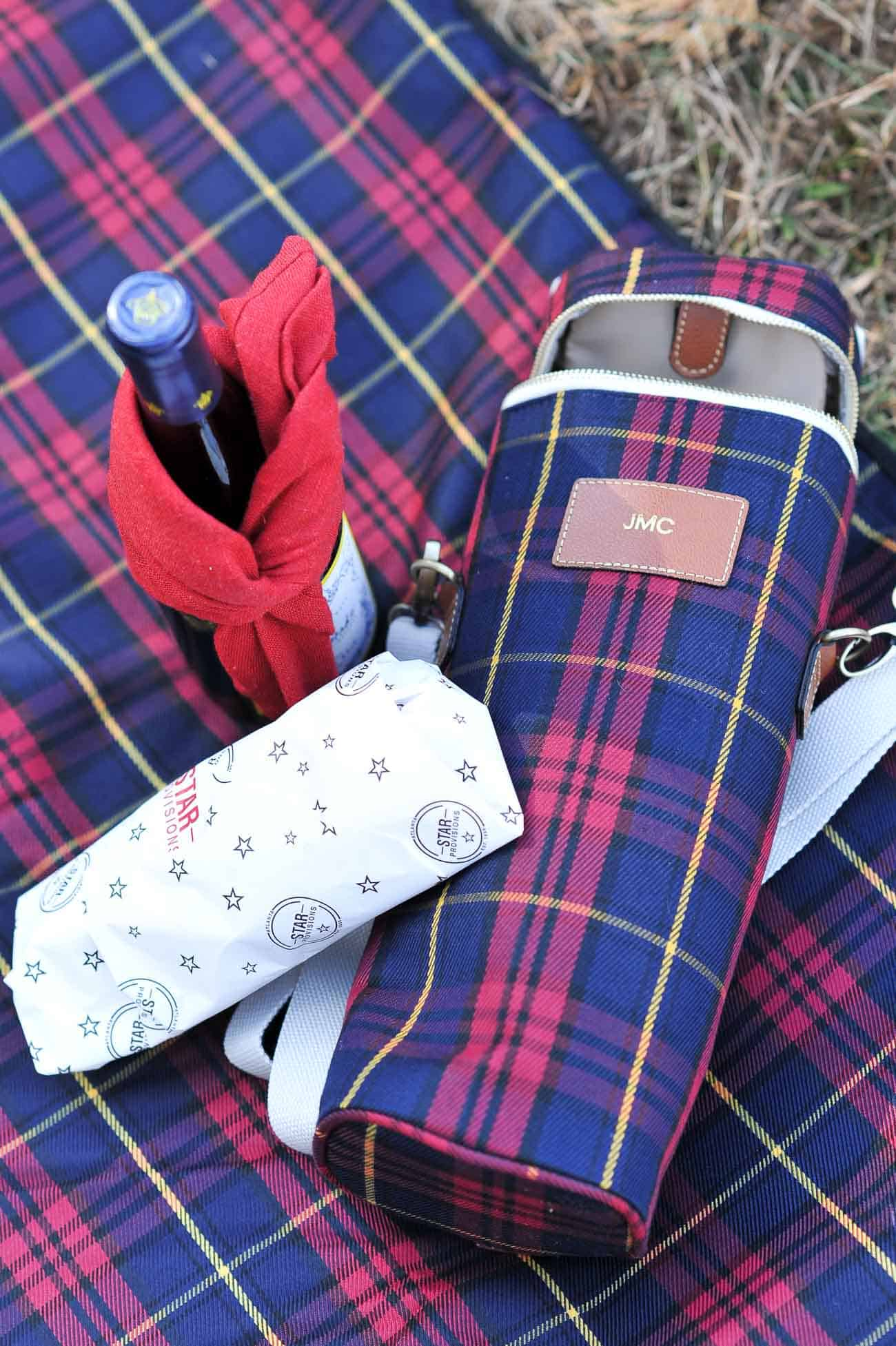 Christmas tree farm, winter picnic, fall photo ideas, plaid - My Style Vita @mystylevita