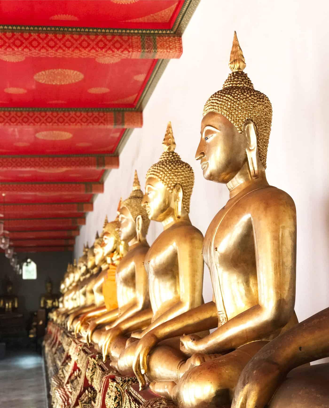 gold buddhas in thailand