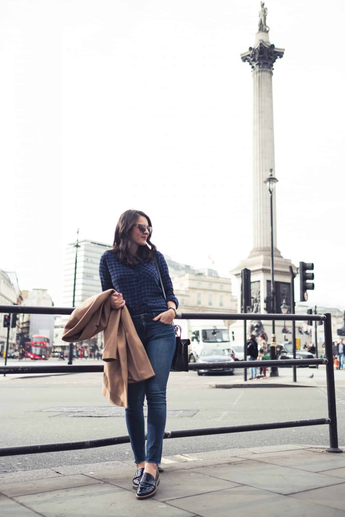 casual london street style, trench coat - My Style Vita @mystylevita