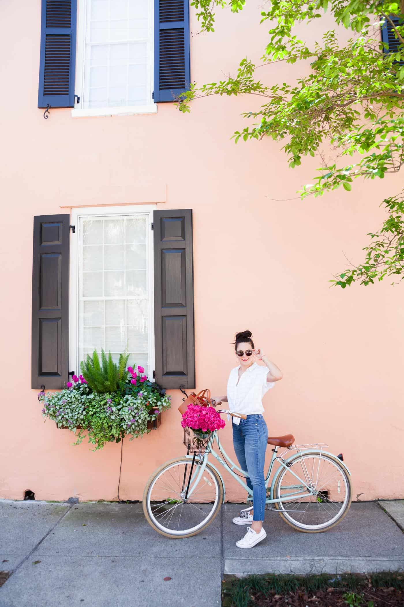 How to dress the right way for a day on a bike, bicycle with flowers in the basket, Charleston photos - My Style Vita @mystylevita