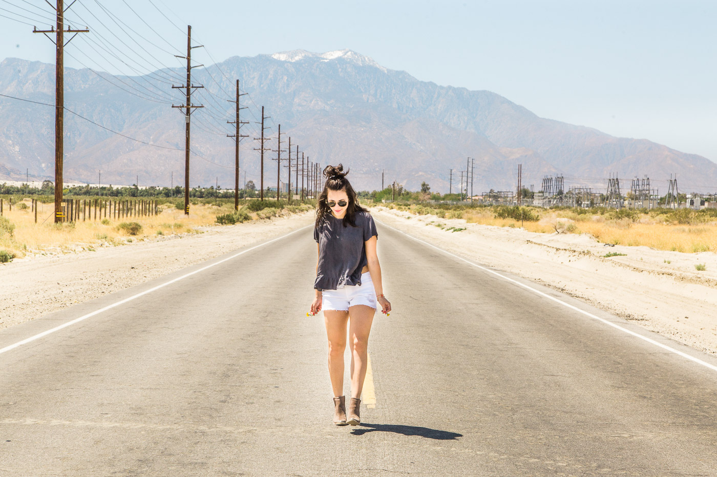 What to wear to a music festival - desert photoshoot - My Style Vita @mystylevita