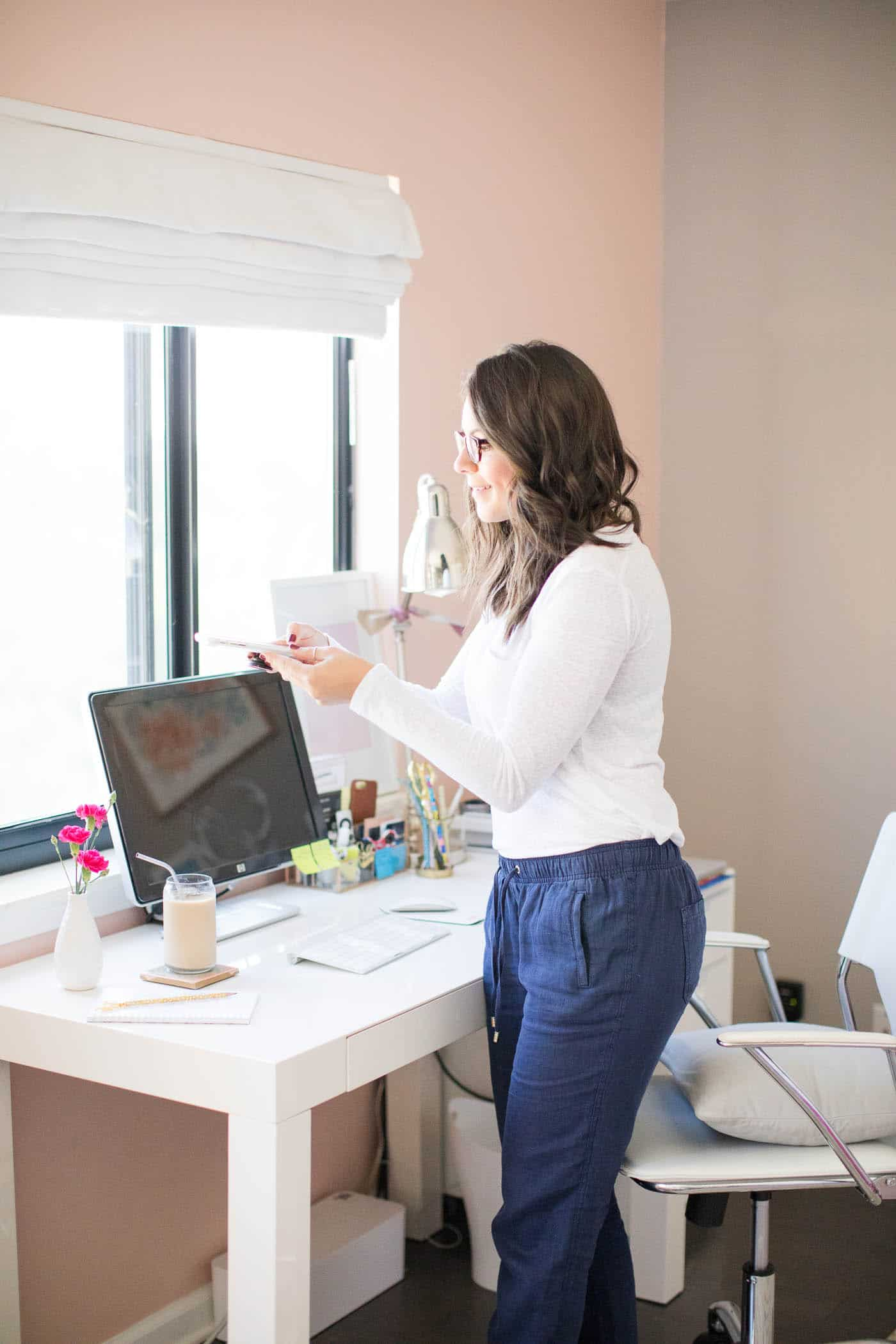 Cold brew coffee at home, cute office nook - My Style Vita @mystylevita