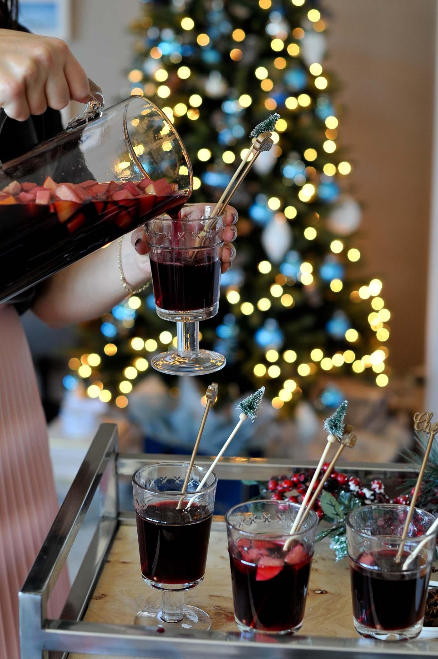 holiday sangria recipe, holiday punch - My Style Vita @mystylevita