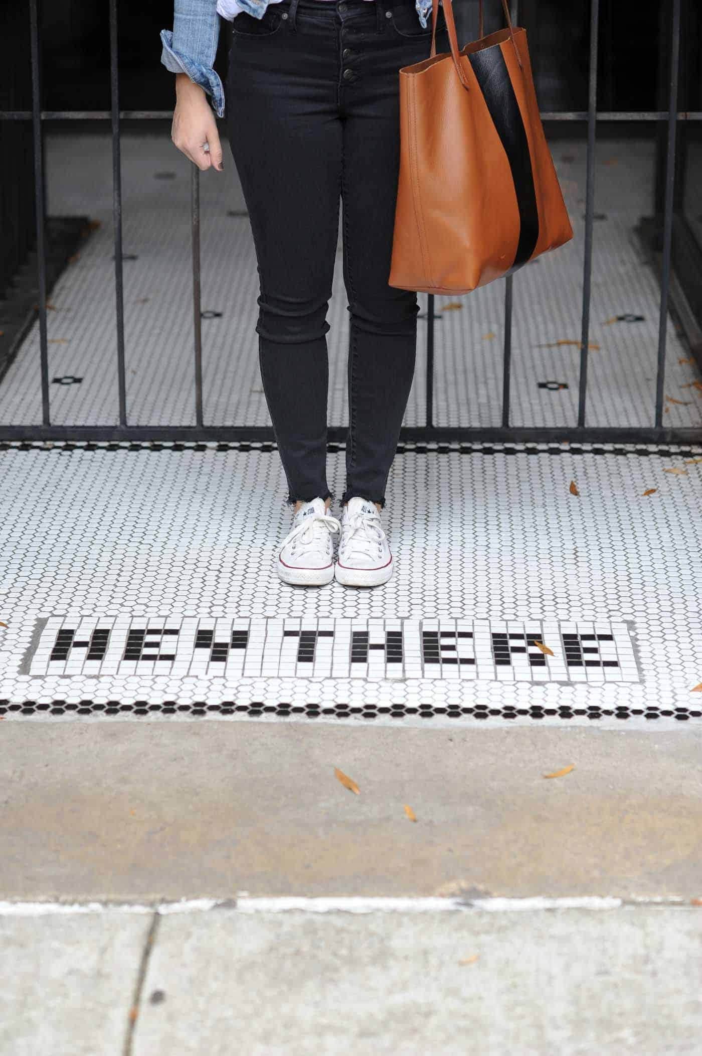 converse, hey there sign - My Style Vita @mystylevita