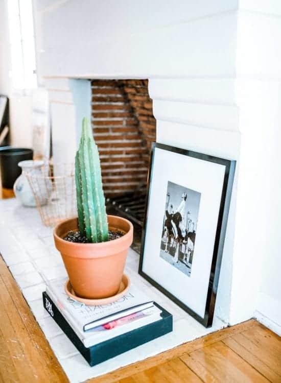 unique ways to display art