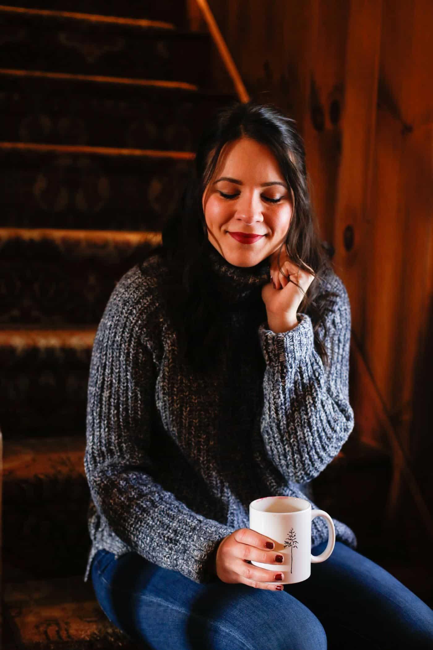 cabin style, turtleneck, winter style - My Style Vita @mystylevita