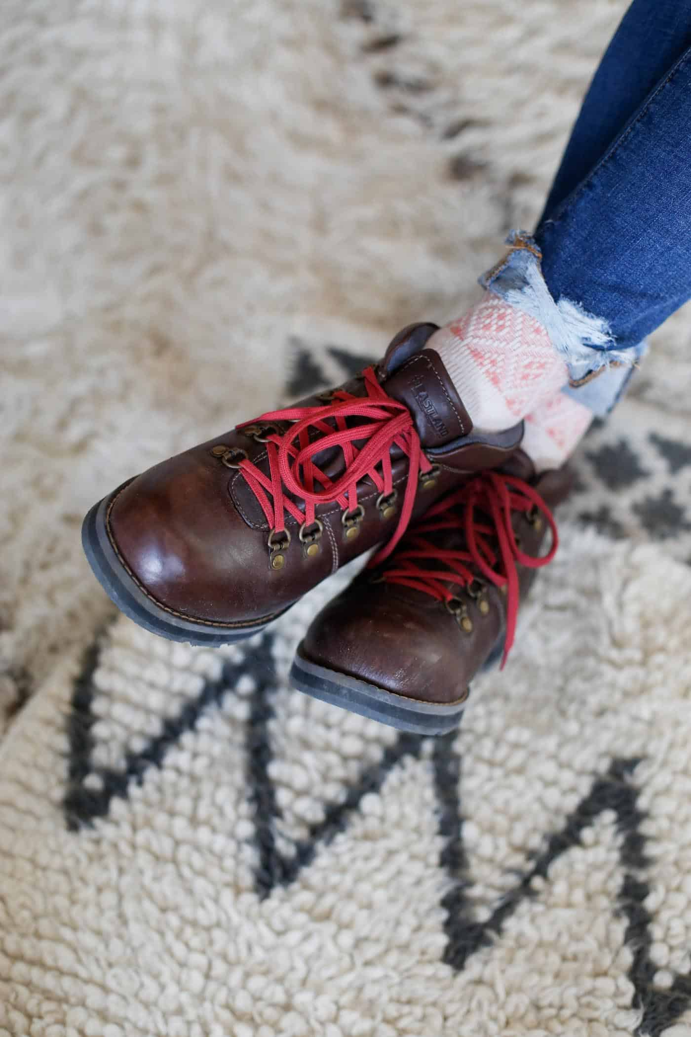 winter boots, winter style, best boots for winter activities - My Style Vita @mystylevita