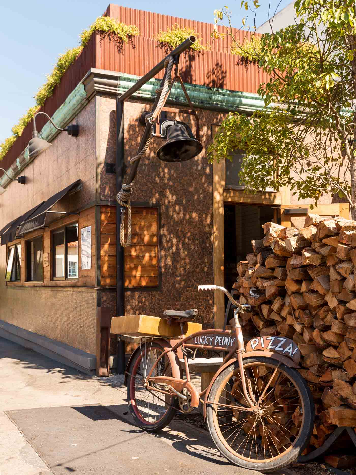 pizza, best pizza in Santa Barbara, Lucky Penny Pizza, Santa Barbara Travel Guide - My Style Vita @mystylevita
