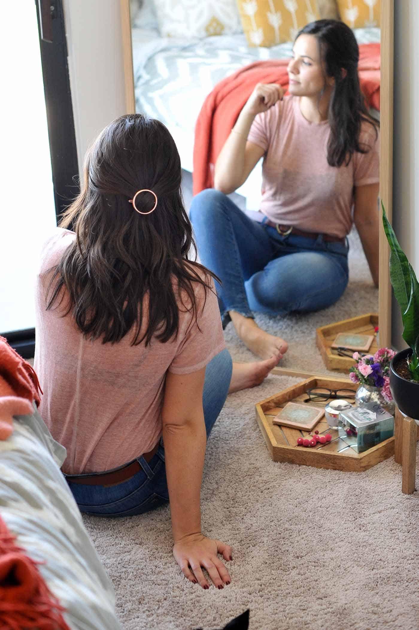 best hair clips, beachy waves, brunette hair ideas - My Style Vita @mystylevita