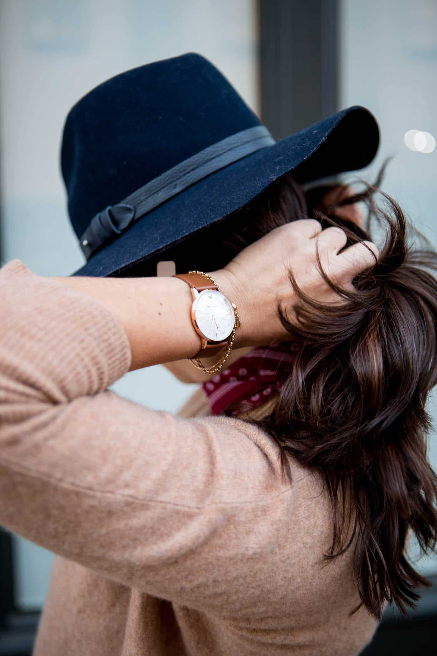 brown balayage, how to wear a bandana, casual spring outfit, navy wide brim fedora - My Style Vita