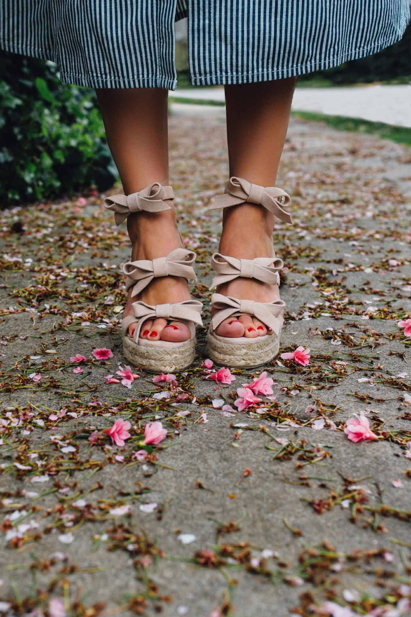 bow wedges, spring outfit ideas, - My Style Vita