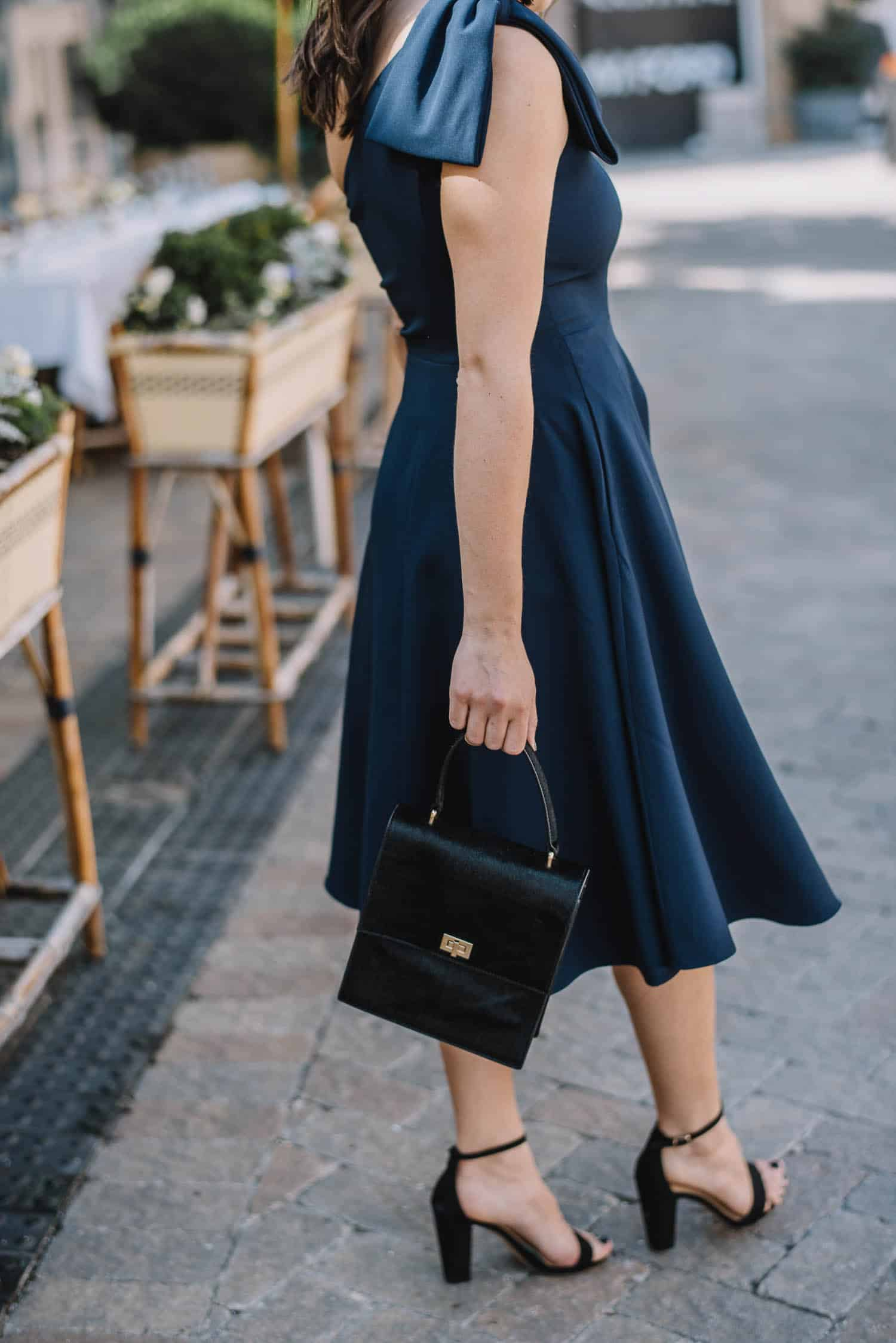 Gal Meets Glam Collection Yvonne Dress Navy, affordable wedding guest dresses - My Style Vita