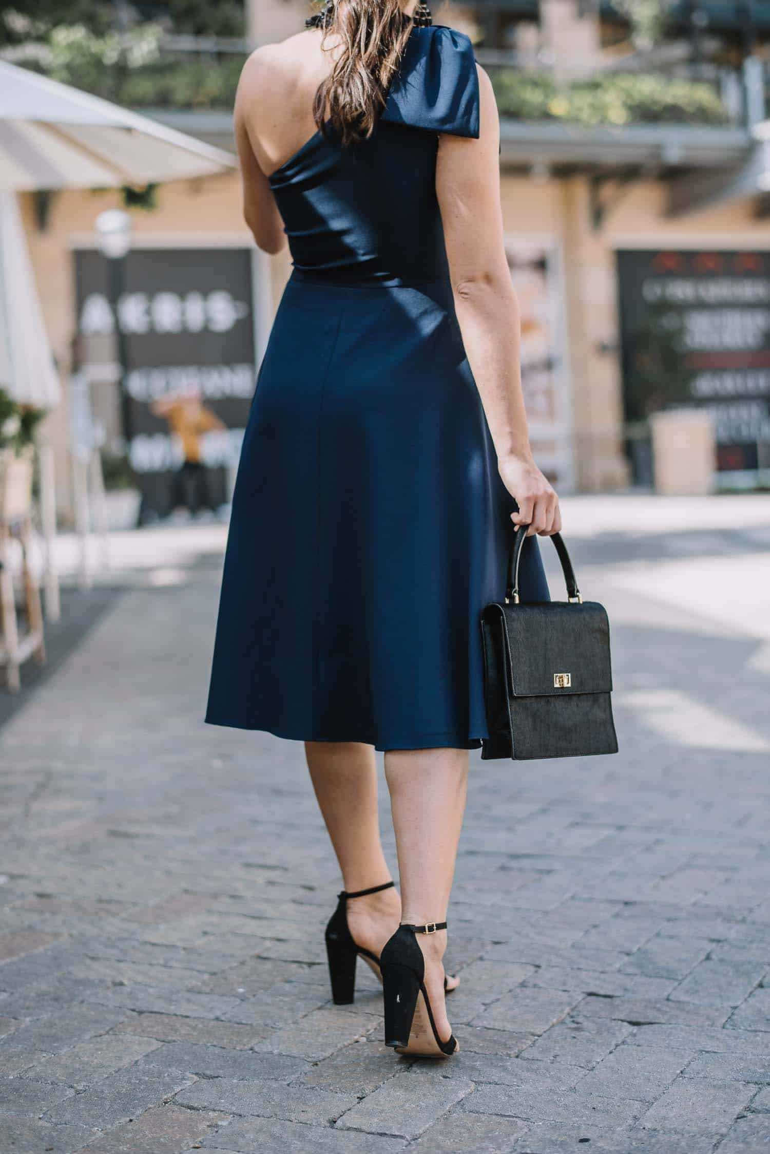 gal meets glam collection yvonne navy dress - semi formal wedding guest outfit ideas - My Style Vita