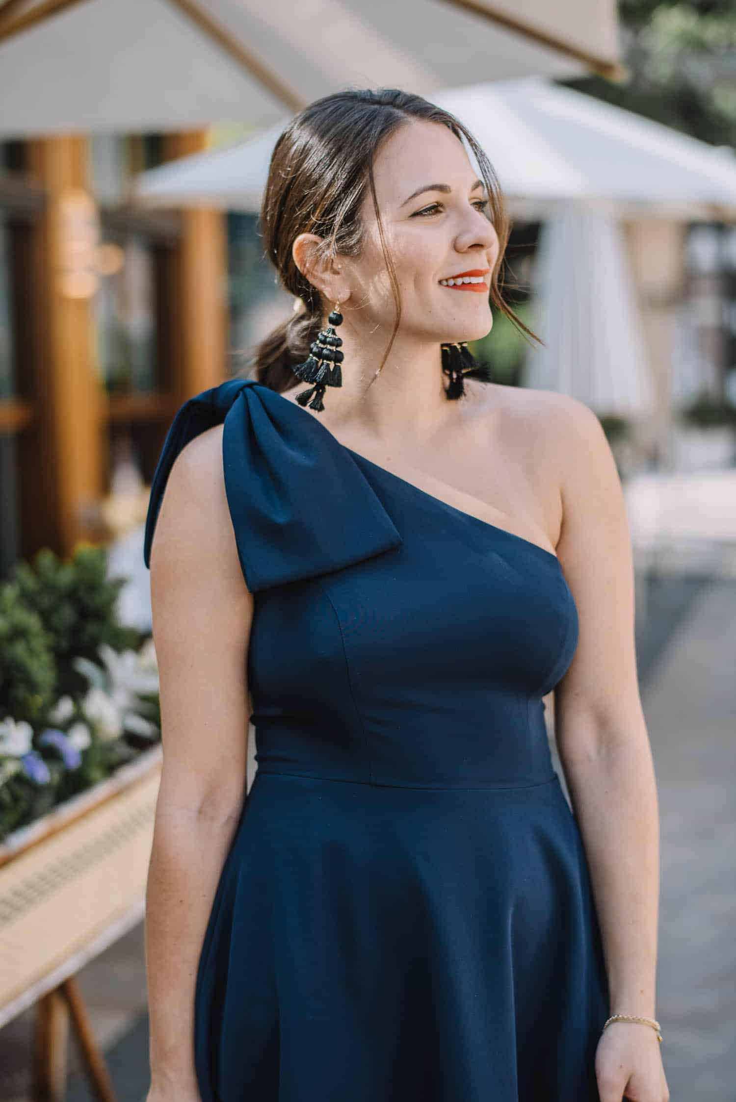 bow one shoulder dress