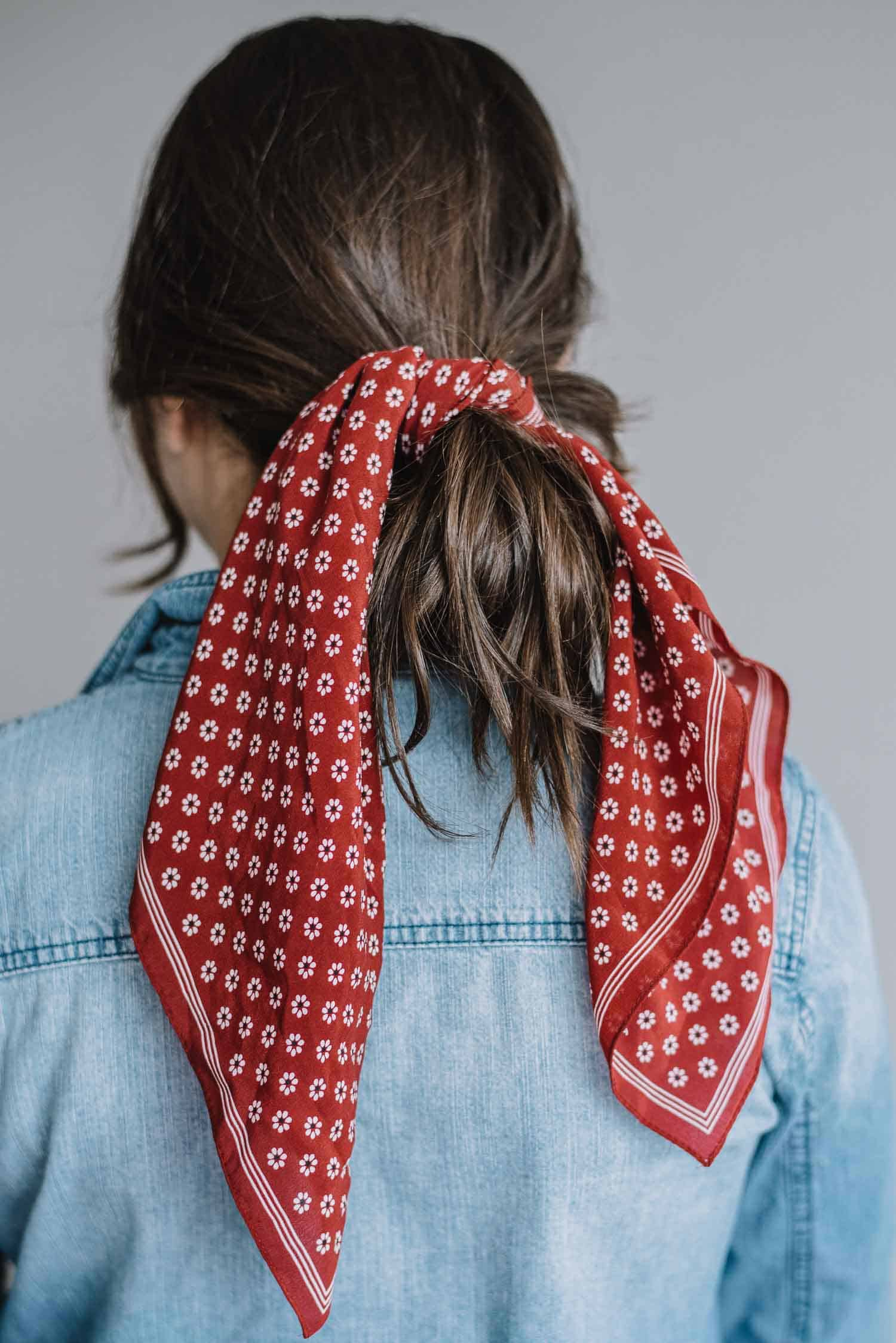How To Wear A Bandana In Your Hair - The Low Loop