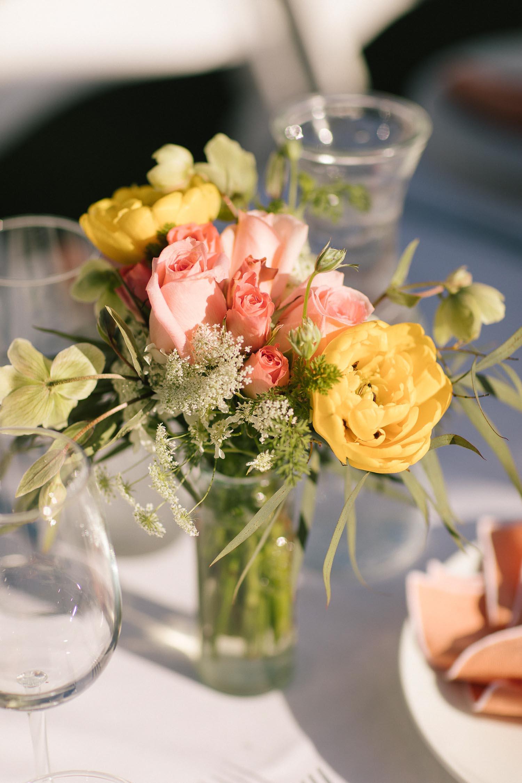 floral arrangements, centerpieces, lululemon The Immersion, best yoga retreats - My Style Vita