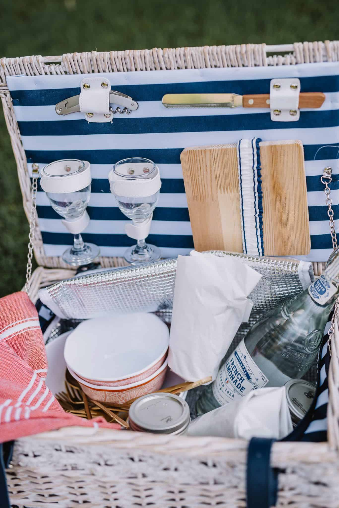 summer picnic ideas, How To Have A Perfect Summertime Picnic