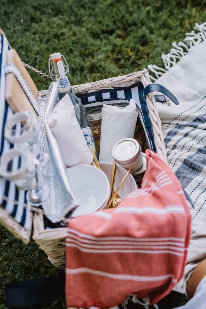 What to pack for a summer picnic