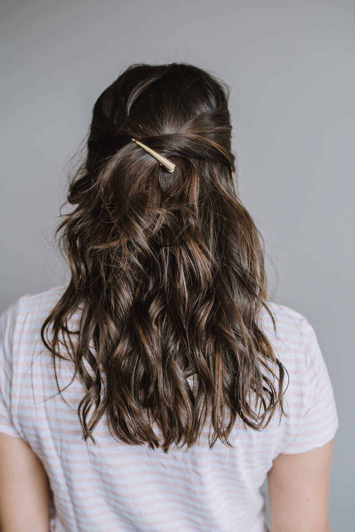easy half up hair tutorial, balayage, gold hair clip - My Style Vita