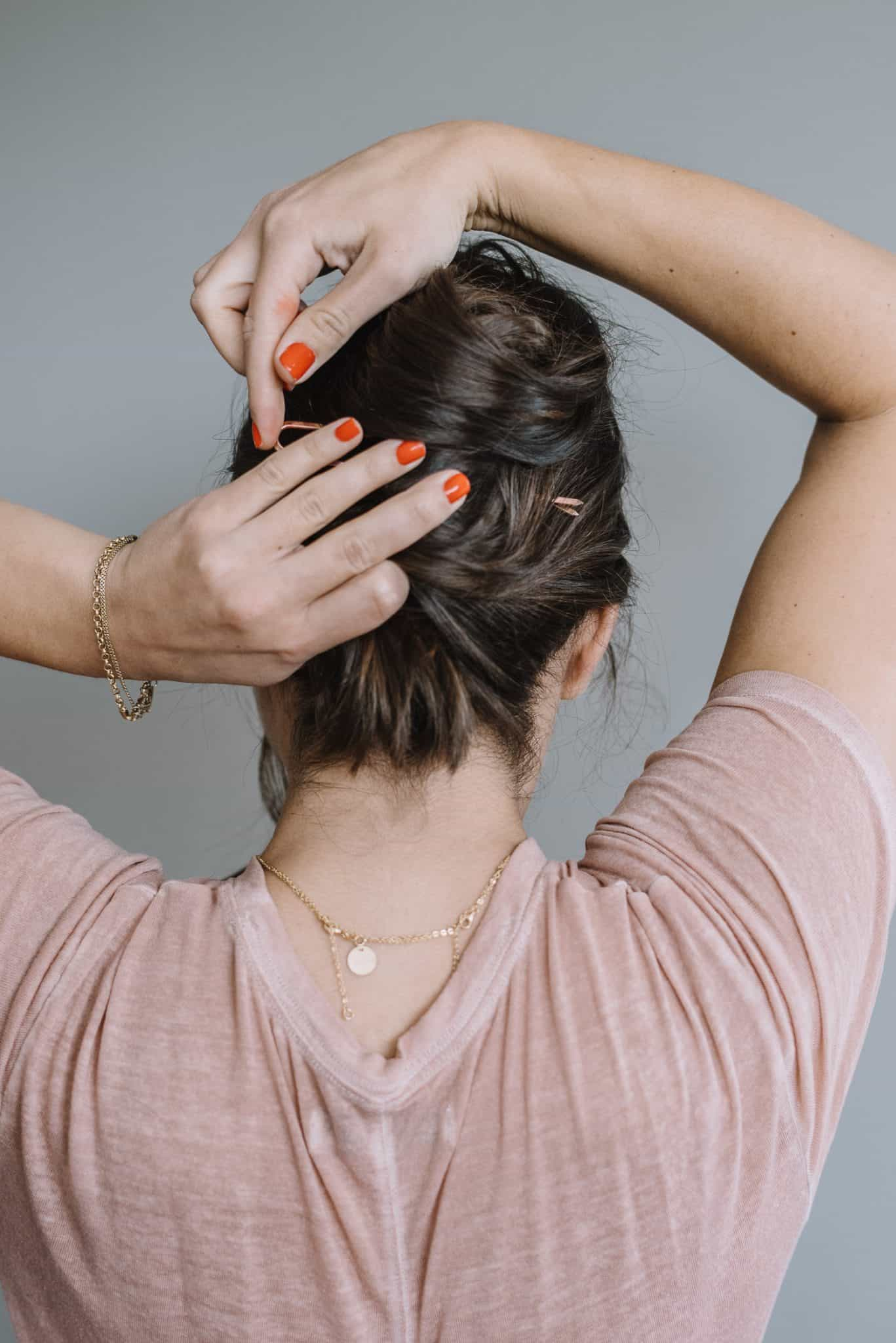 how to use a hair pin, hairstyle ideas, hair tutorial, brown balayage - My Style Vita