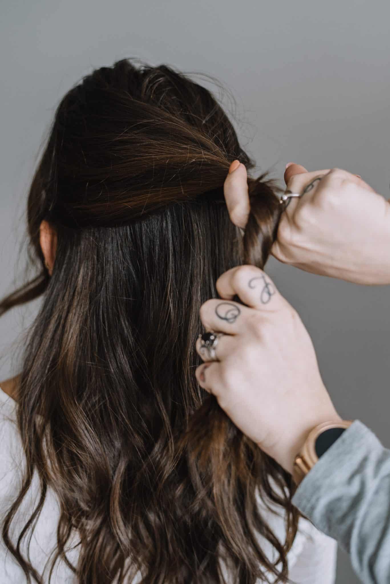 hair pin half up style