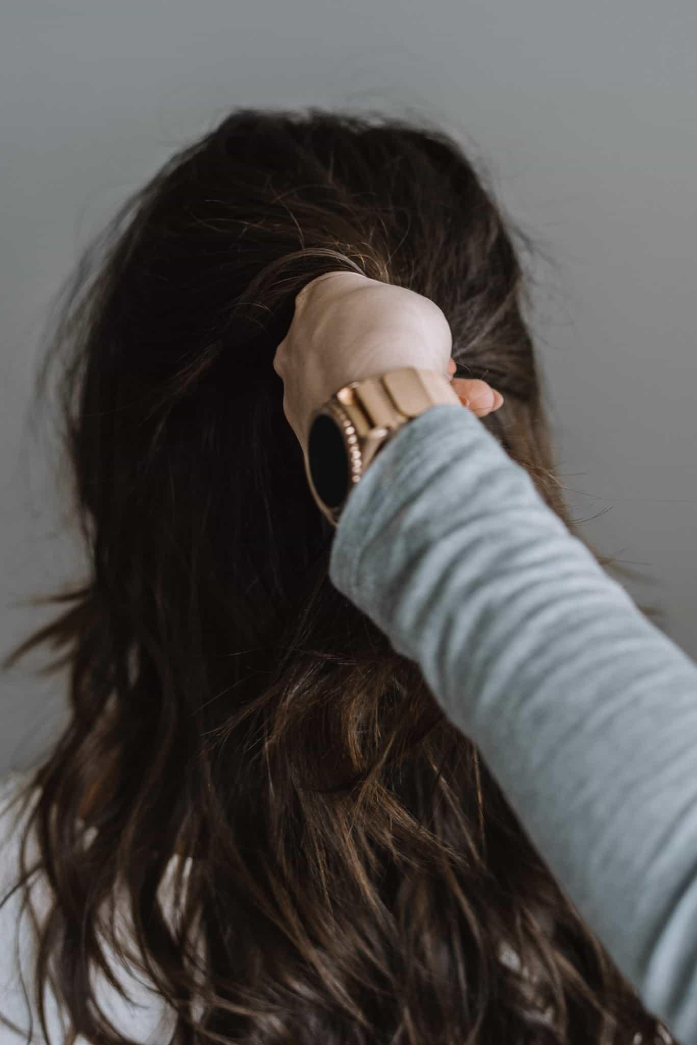 kristin ess hair pin tutorial, how to use a hair pin