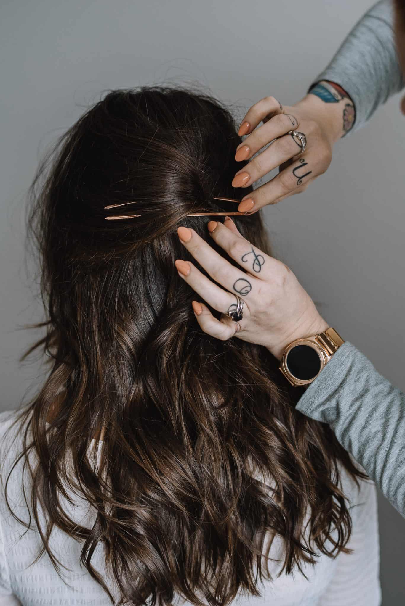 kristin ess hair pin tutorial