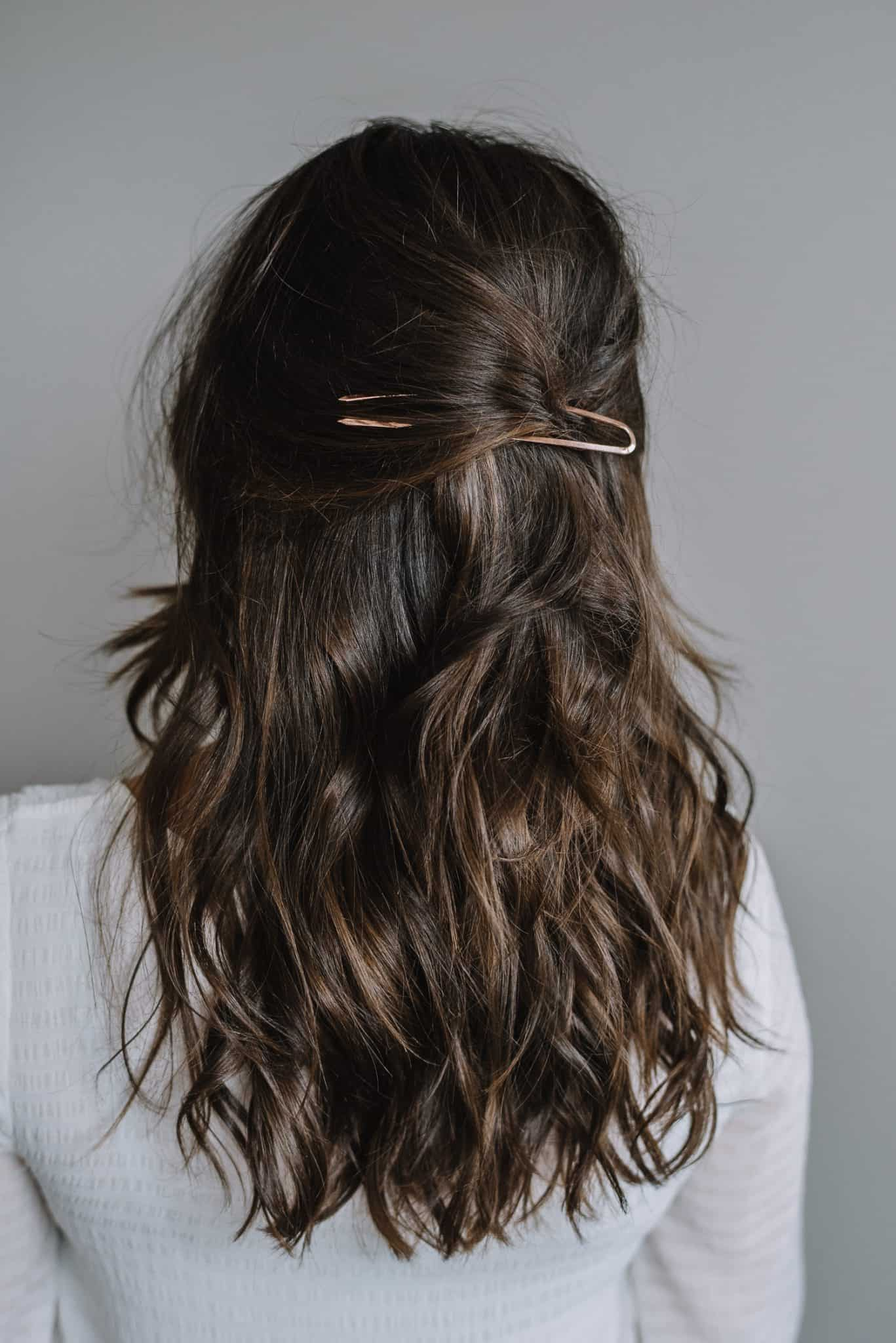 a french hair pin