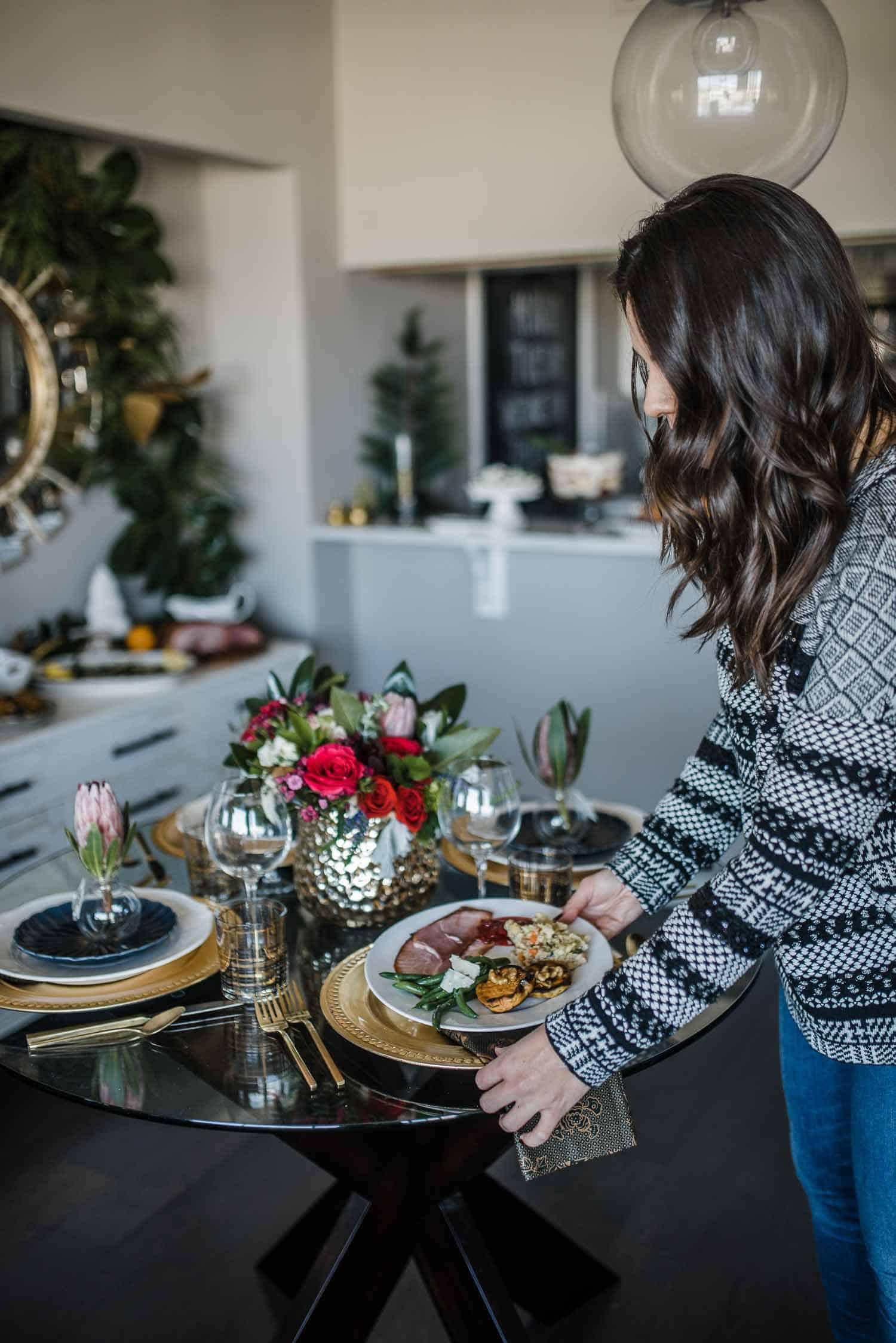 The Best Thanksgiving Buffet Tips - #dinnerplate #thanksgiving #holidays #entertaining
