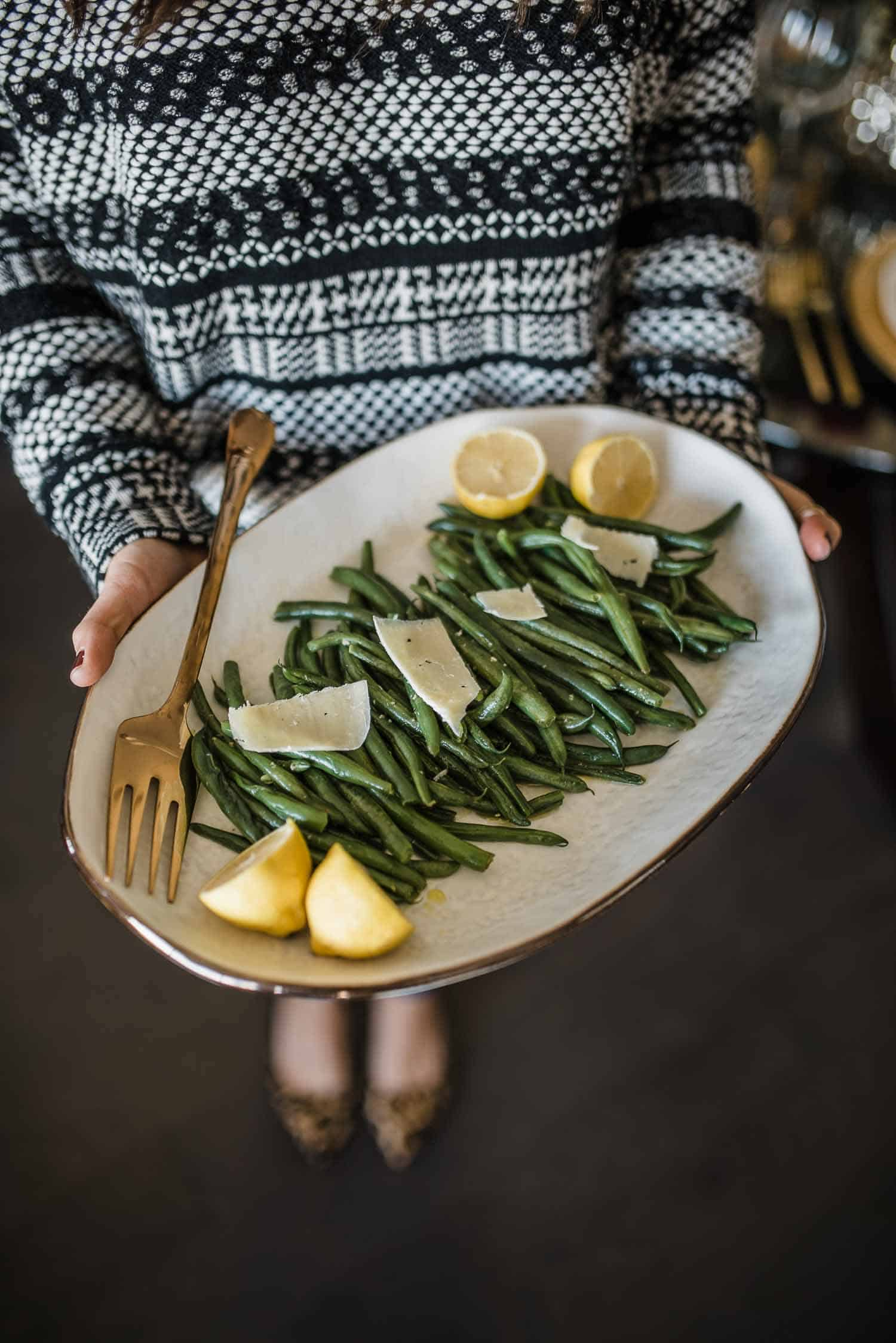Simple Garlic Green Beans With Lemon and Parmesan Cheese
