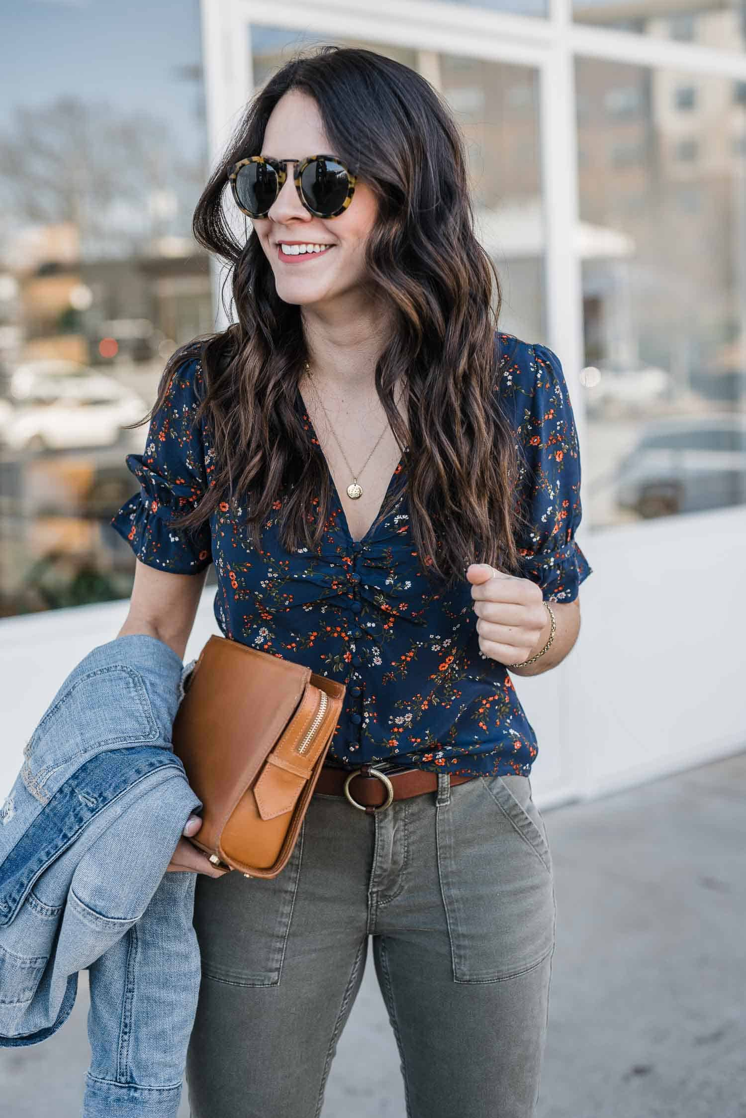 Jessica is wearing a ditsy floral print Madewell blouse