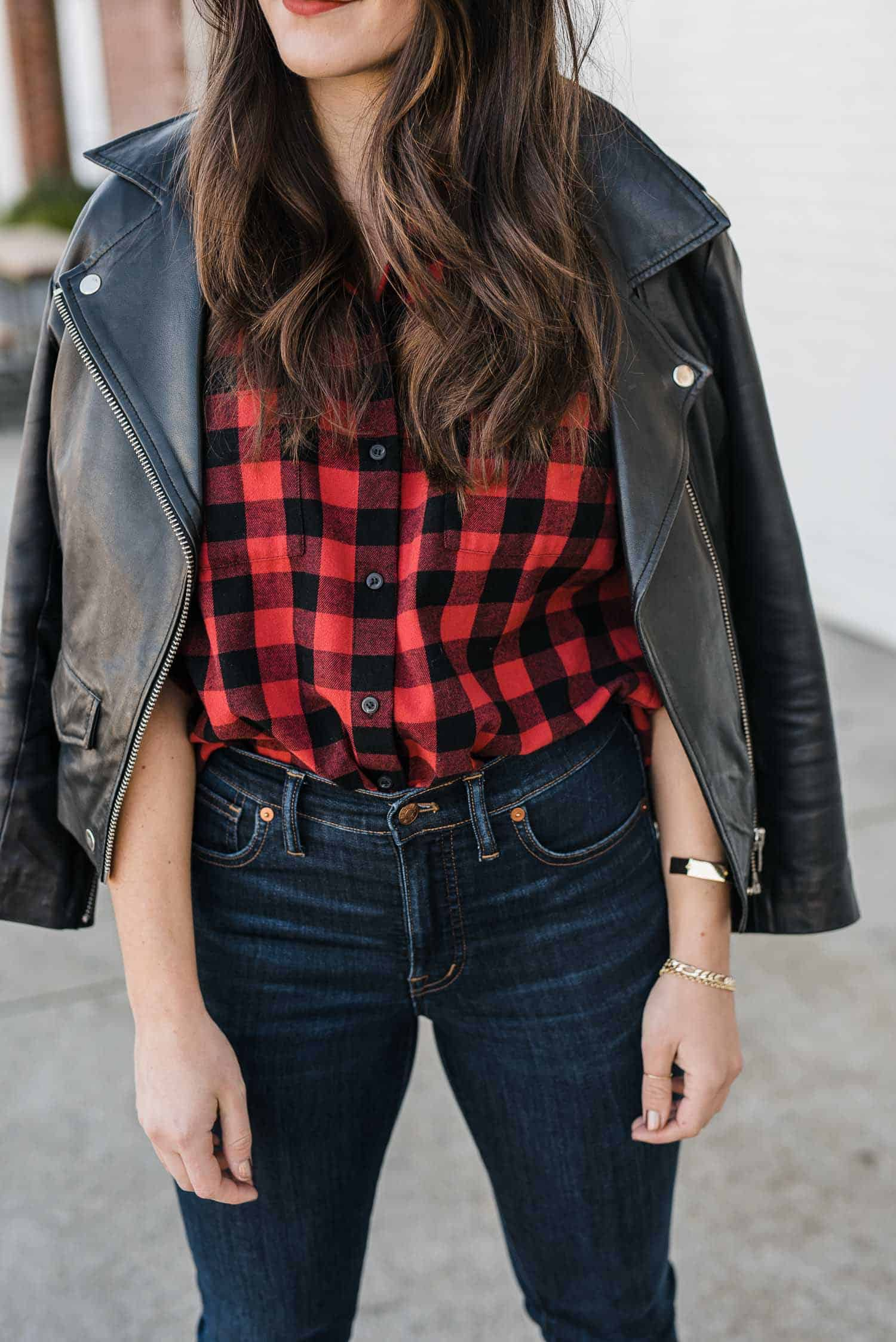 JESSICA CAMERATA OUTFIT DETAILS: MADEWELL PLAID SHIRT, LEATHER JACKET AND MADEWELL JEANS
