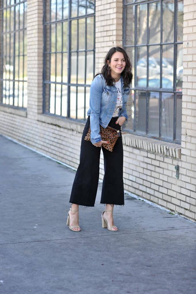 Jeans jacket, white tee and Black Wide Leg Jeans Look