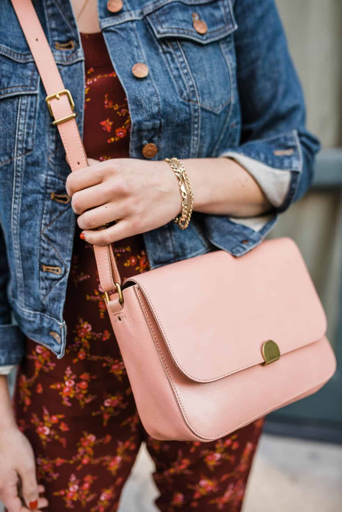 BLUSH HANDBAG AND DENIM JACKET LOOK