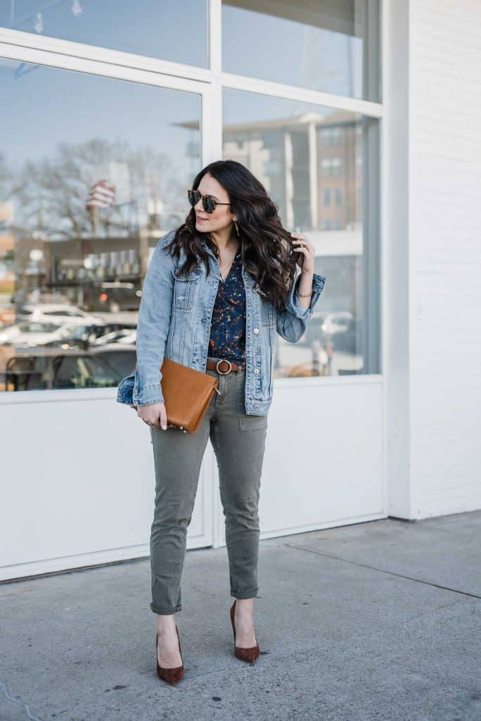 My Style Vita is wearing a denim jacket, top and jeans pants
