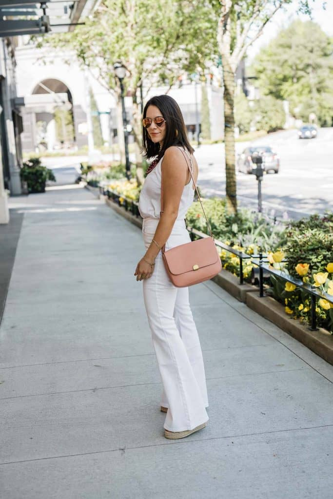 JESSICA CAMERATA'S OUTFIT DETAILS: LEE JEANS • ABERCROMBIE & FITCH TANK • CASTANER WEDGES • AVIATORS •  MADEWELL BLUSH BAG