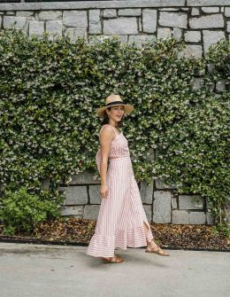 Jessica is wearing a summer maxi dress