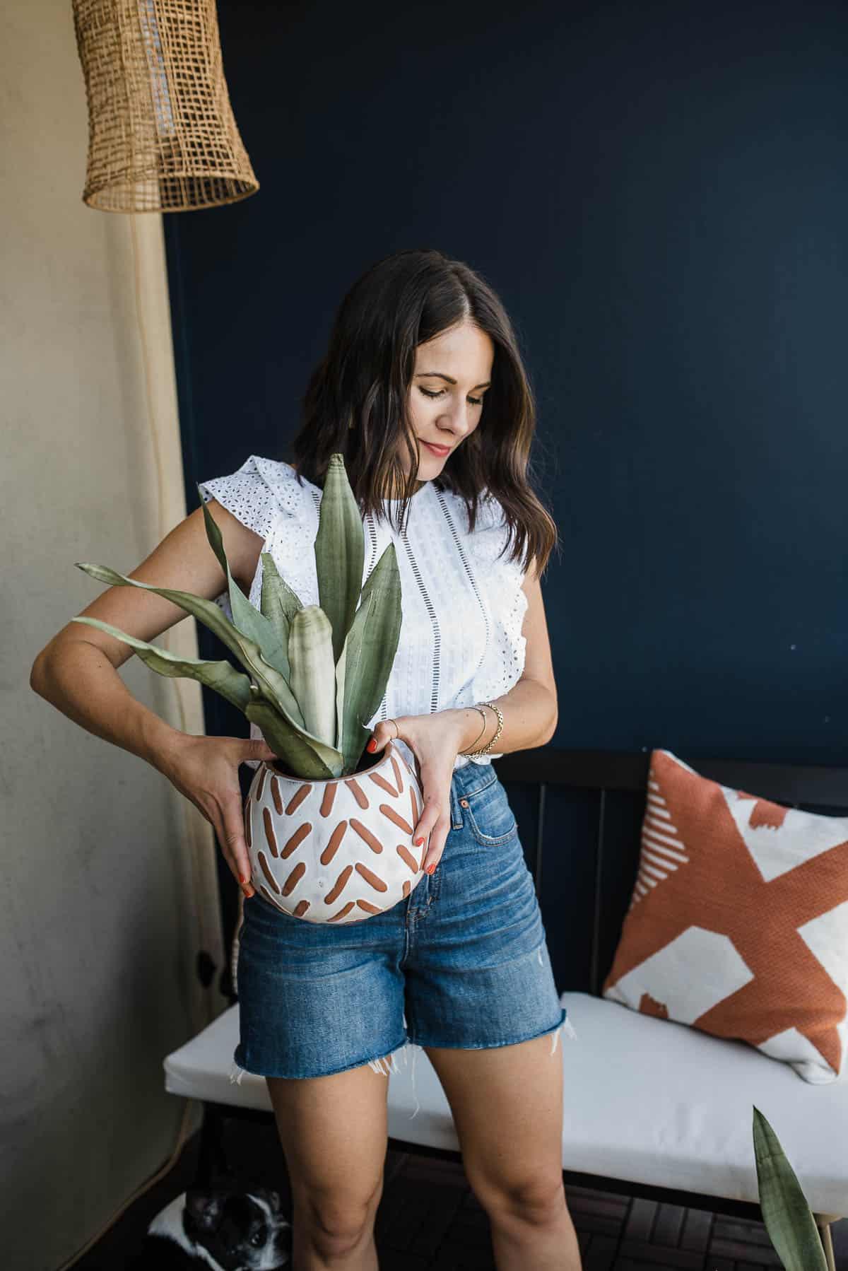 Jessica Camerata holding plant, My Style Vita