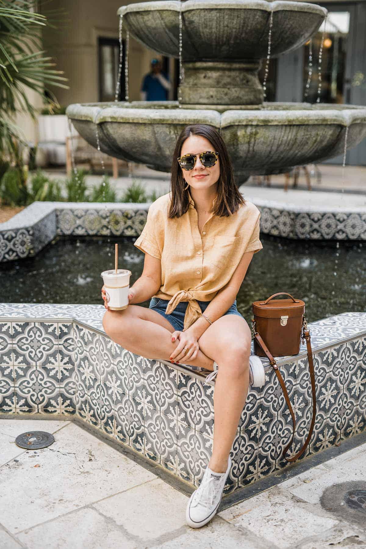 My Style Vita sitting with iced coffee
