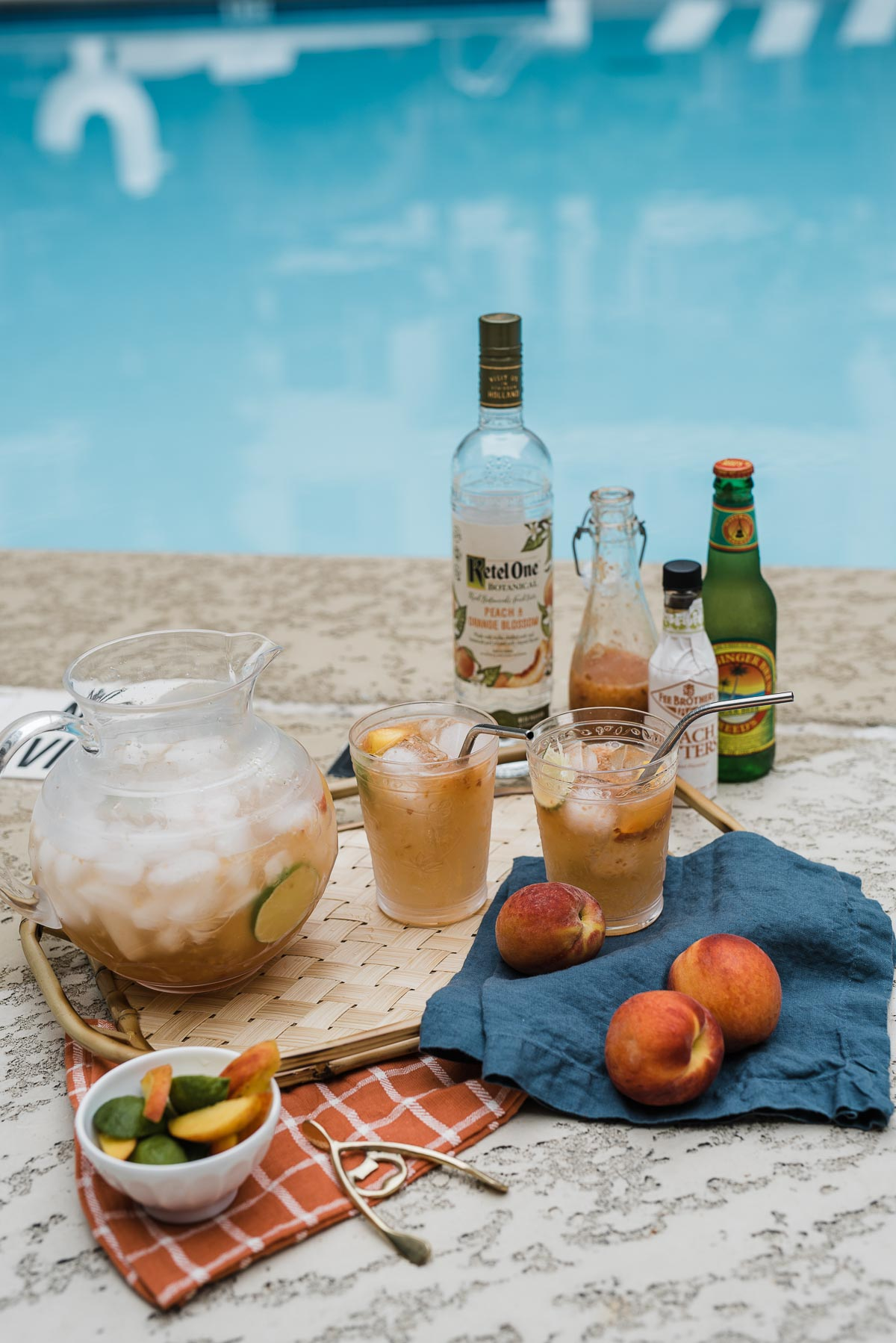 Peach Moscow Mule Recipe - A Summer Cocktail