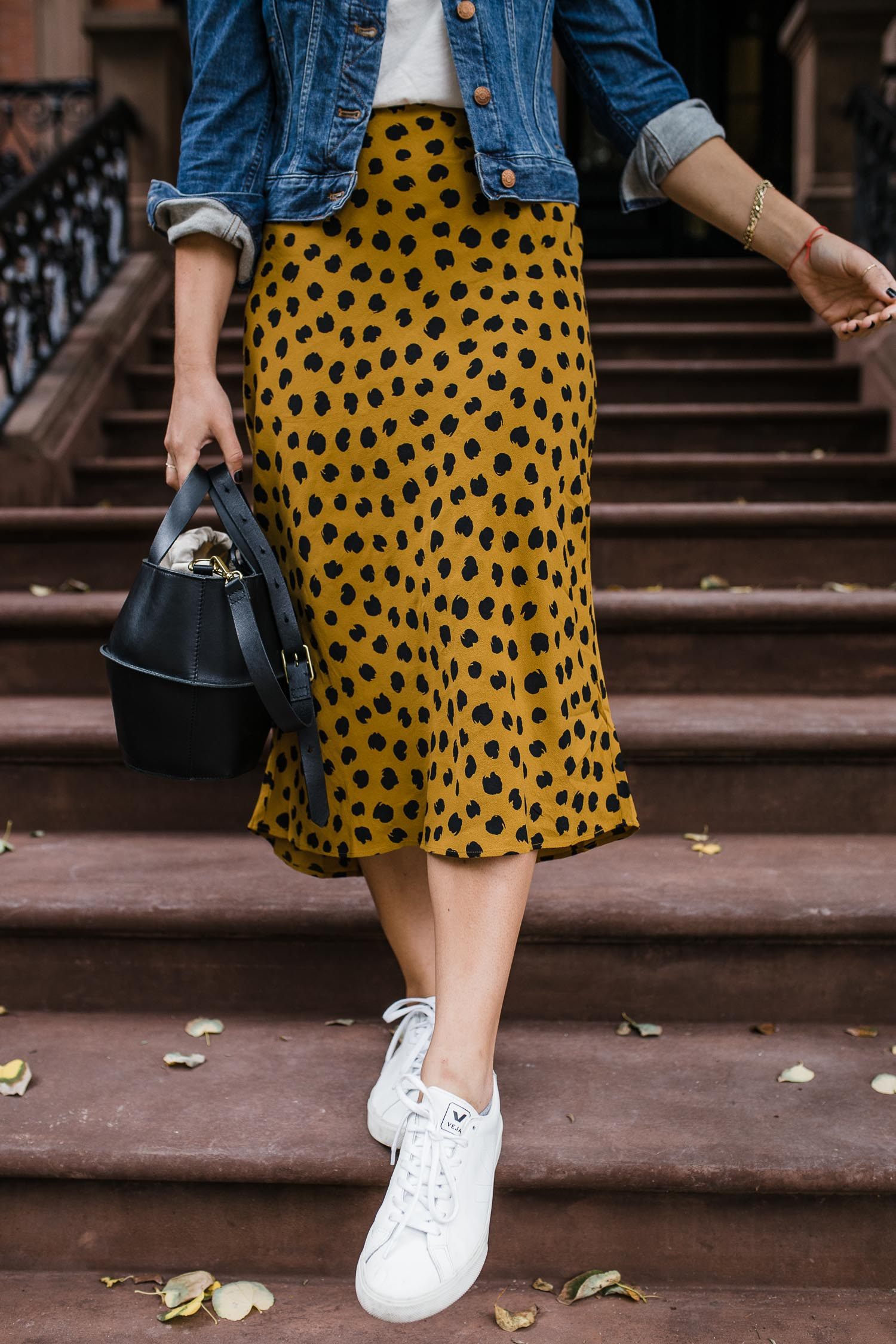 a spotted skirt that is cheetah print